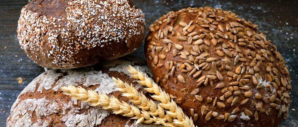 очистка самогона хлебом